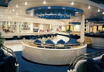 grandi navi veloci excellent f hre bewertung und schiffsf hrer. Black Bedroom Furniture Sets. Home Design Ideas